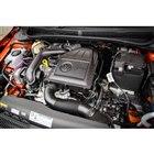 パワーユニットには1リッター直3ターボエンジンを採用する。最高出力95ps、最大トルク175N...