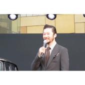 """""""ケンメリ""""が大好きで、ミニカーも持っていたと語る俳優の浅野忠信さん"""