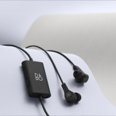 「Beoplay E4 Black」