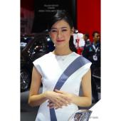 【インドネシアモーターショー2017】ニッコリと微笑むコンパニオン