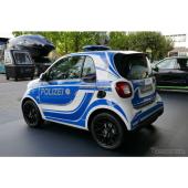 警察車両コンセプトモデル(スマート・フォーツー)