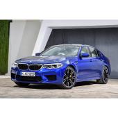 「BMW M5」