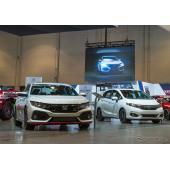 ホンダ・シビック新型とフィットの「HFPシリーズキット」装着車