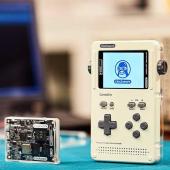 オープンソースな携帯ゲーム機が発売 早割12,800円