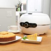 イーバランス、丸型のケーキやパンを焼けるホールケーキメーカー