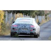 メルセデス AMG GTクーペの開発プロトタイプ車