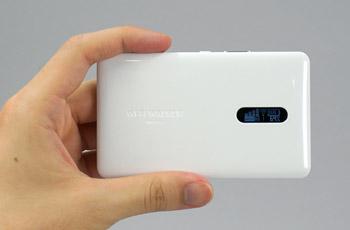 ���ʂ��猩��Wi-Fi WALKER WiMAX 2+ NAD11