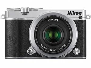 Nikon 1 J5 ダブルレンズキット [シルバー] 商品画像1:マークスターズ