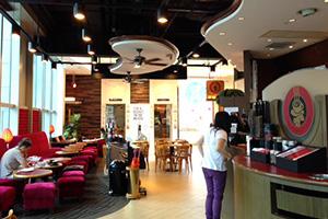 パシフィックコーヒーの店内