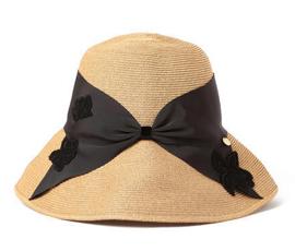 アシーナニューヨークの帽子