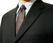 ブランドもののスーツ