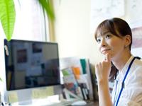 教室型の英会話学校とオンライン英会話、どっちがいいの?