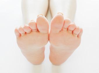 外反母趾を防ぐための正しい靴選び