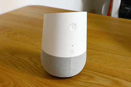 Google Home 背面