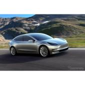 テスラの新型EV、モデル3 …量産第一号車がラインオフ