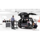 米テスラ、新型EV モデル3 納車開始に備え、アフターサービスを大幅拡充