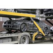 BMW最強の2ドアクーペ「M8」、輸送中の姿を激写…2018年秋登場か