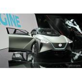 無人運転で迎えに来る電動SUV、日産 IMx KURO…ジュネーブモーターショー2018