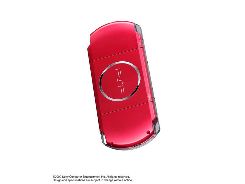 『本体 背面 斜め2』 PSP プレイステーション・ポータブル ラディアント・レッド PSP-3000 RR の製品画像