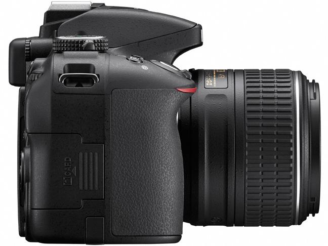 『本体 左側面』 D5300 ダブルズームキット2 [ブラック] の製品画像