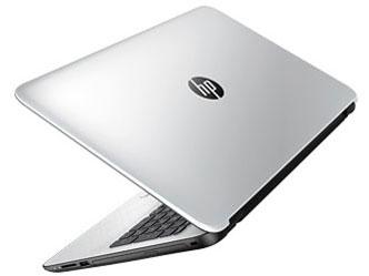 『本体 背面 斜め』 HP 15-af100 価格.com限定モデル の製品画像