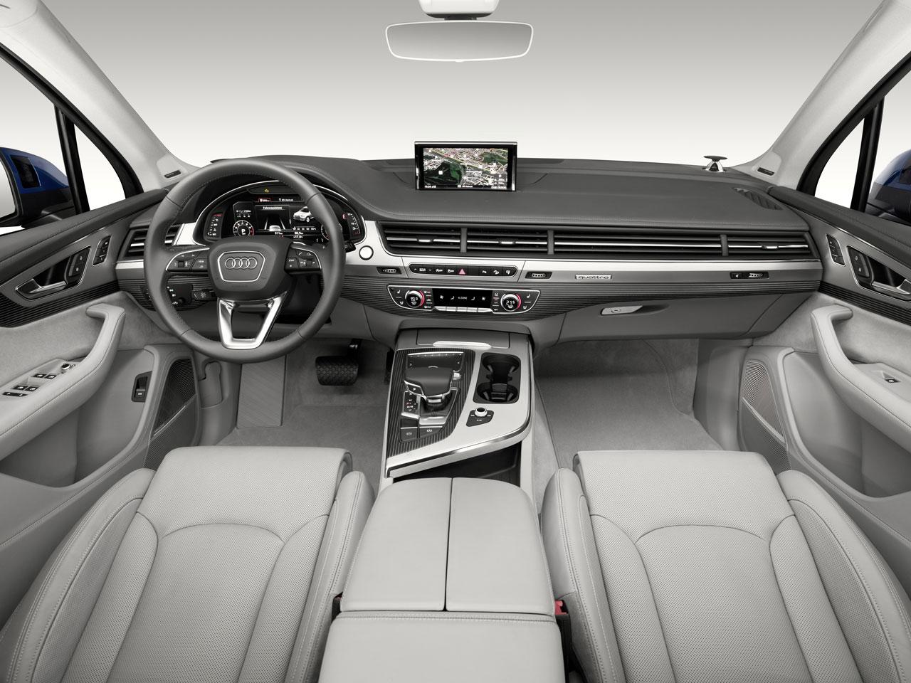 価格 Com 『インテリア』 Q7 Audi 2016年モデル の製品画像