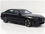 BMW 7�V���[�Y�̒��Î�