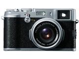 FinePix X100 製品画像