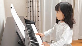 楽器演奏室やホームシアタールームは、防音だけでなく音響も意識して