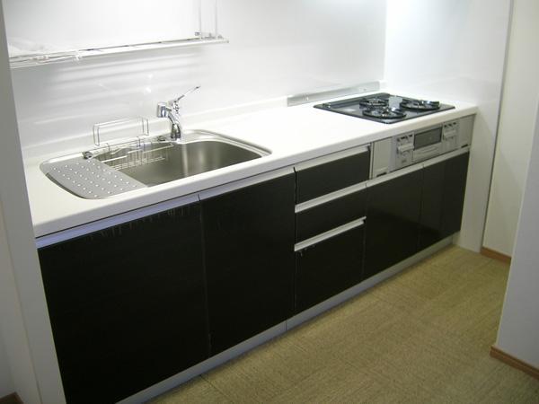 キッチンパネルなども導入し、シンプル且つ経済的にもご納得いただけました