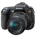 [α300 DSLR-A300 ボディ] ライブビュー機能/1020万画素CCD搭載のデジタル一眼レフカメラ(ブラック)。市場推定価格は70,000円前後