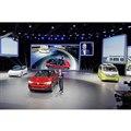 VWのメインステージには3台のEVが並んだ。(写真=VW)