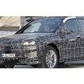 BMW iX5 開発車両 スクープ写真