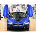 BMWグループのドイツ・ライプツィヒ工場からラインオフしたBMW i8 の最終モデル、i8 ロードスター