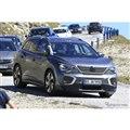 VW ID.6 市販型プロトタイプ(スクープ写真)