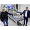 VWがドイツに開設したEVバッテリーをリサイクルするためのグループ初の工場