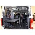 「ESフリップベッド MOBILITY CONCEPT」をはじめ様々なESパーツが装着された車内