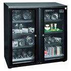 [EW-240CDB] 光触媒によるクリーン機能を搭載したワイドタイプの防湿庫(内容量:237L)。価格は109,800円(税込)