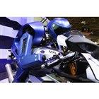 ヤマハ発動機のヒト型自律ライディングロボット MOTOBOT(東京モーターショー15)