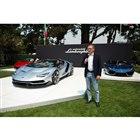 「ザ・クエイル・モータースポーツ・ギャザリング」での発表会の様子。傍らに立つのは、ランボルギーニのドメニカリ社長。