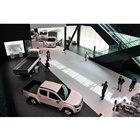 「『運ぶ』を支えるいすゞ」をテーマに掲げた、ミュージアムエリア1階部分。