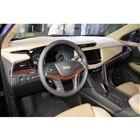 インテリアカラーには、ボディーカラーに合わせてブラックやベージュなど3色が用意される。