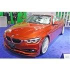 こちらは「BMW 4シリーズ カブリオレ」をベースとした「B4 Sビターボ カブリオ」。