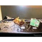 左から「Xシリーズ」に採用された銅製ビス/銅メッキシャーシ/高級パーツをふんだんに使ったオーディオ基板