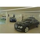 2階は認定中古車の展示スペースとなる。最大4台が展示可能。