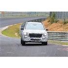 メルセデスベンツの新型SUV、GLB スクープ写真