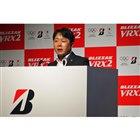 ブリヂストンタイヤジャパン常務執行役員の長島淳二氏が、現在のスタッドレスに関する市場動向を説明。