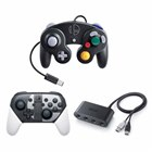 上段から「ニンテンドー ゲームキューブ コントローラ スマブラブラック」、下段左から「Nintendo Switch Proコントローラー 大乱闘スマッシュブラザーズ SPECIAL エディション」