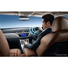 クラウド経由で行う音声アシストにより、様々な車内装備のコントロールができる