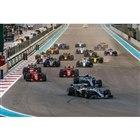 2018年11月25日に行われた、F1アブダビGPのスタートシーン。現在F1世界選手権のタイヤ...
